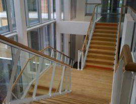 escalier_metallique_marches_bois